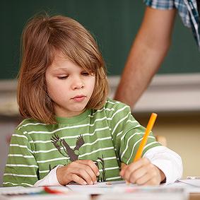 Um eine Lese-Rechtschreibschwäche bzw. Rechenschwäche oder ADHS zu diagnostizieren, werden zunächst  mehrere Tests durchgeführt.